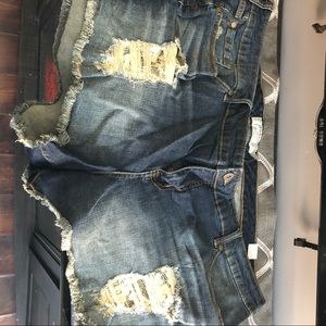 Torrid 26 NWT jean shorts with lace